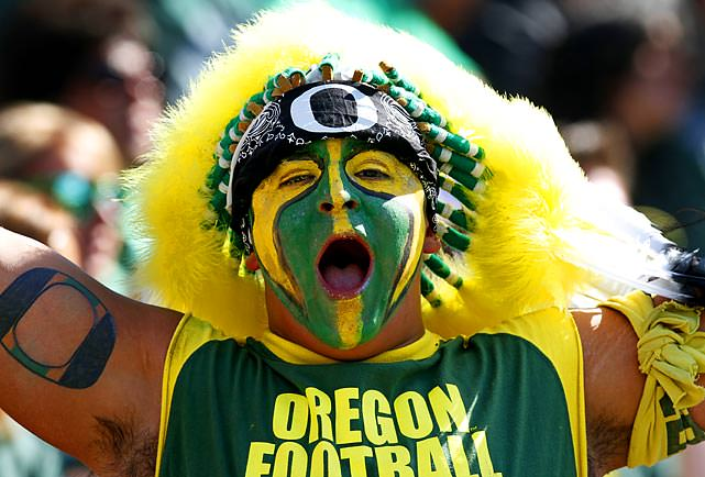 Watch Oregon Ducks Football in Portland