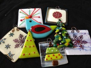 wells glass studio thanksgiving weekend courses holiday ornament class - Fused Glass Christmas Ornaments