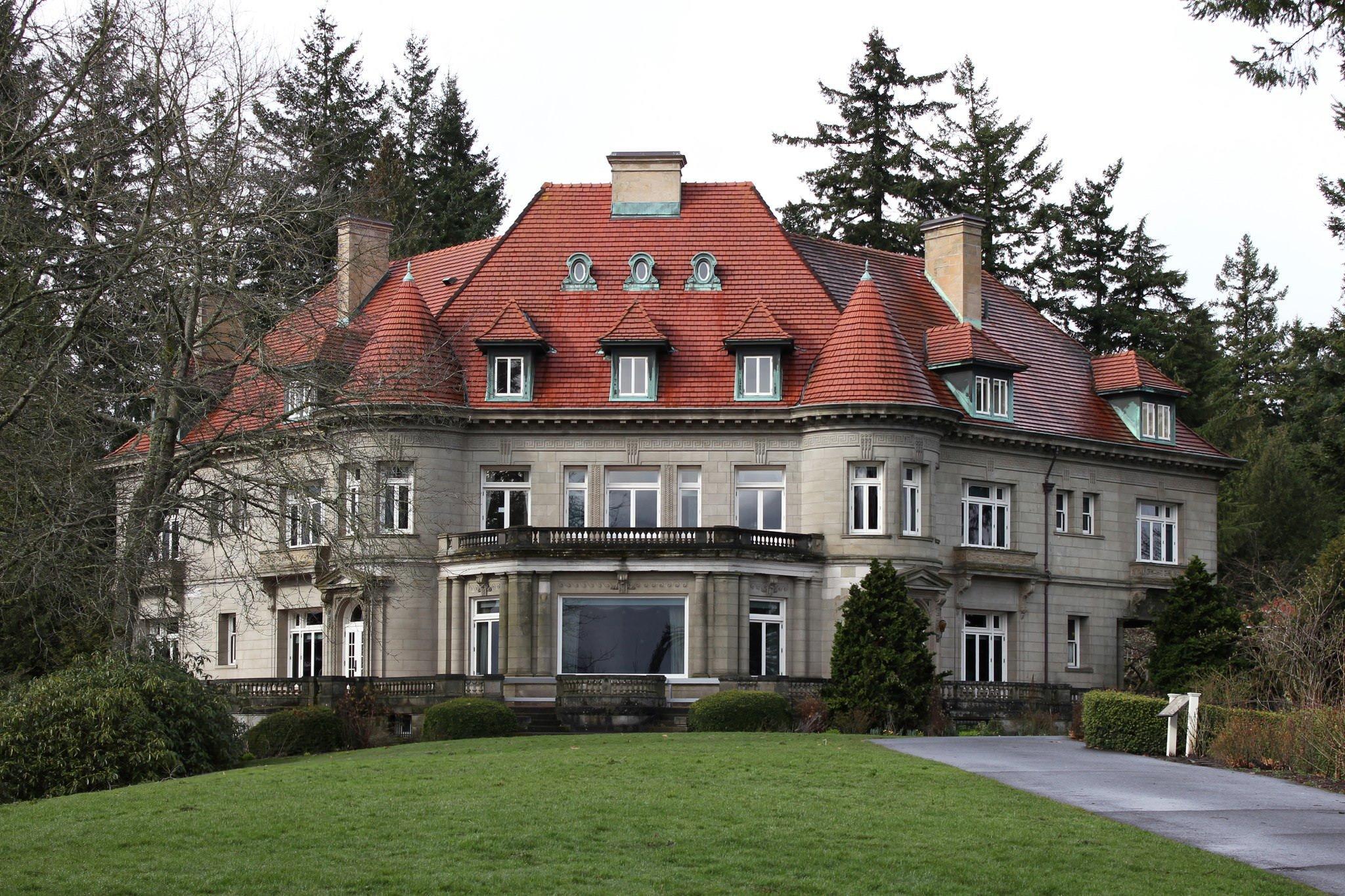 Portland S Historic Landmark Pittock Mansion Celebrates