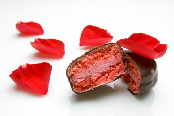 Valentineu0027s Day @ Pix PatiserieChocolate Covered Cherry Macaron 2014